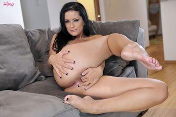 Katrina Jade - nagy cicik és síkos punci