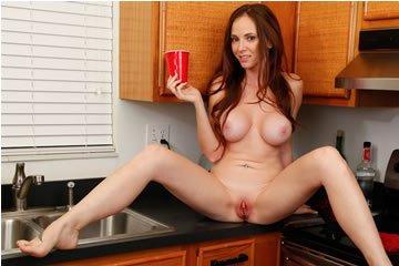Jessica Rayne - konyhától a hálószobáig